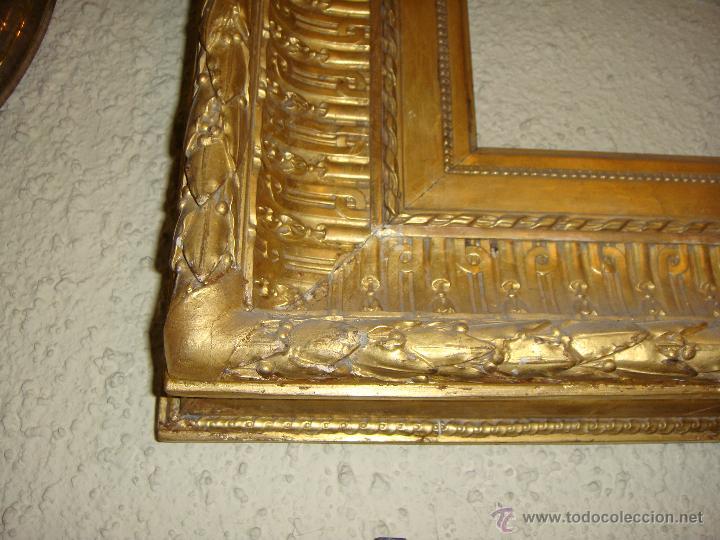 Antigüedades: Extraordinario Marco Dorado. Ppios. S.XIX. Madera, estuco y pan de oro fino. - Foto 3 - 48312694