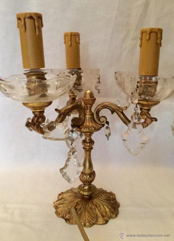 Antigüedades: soberbios candelabros de bronce y cristal. - Foto 3 - 27410046