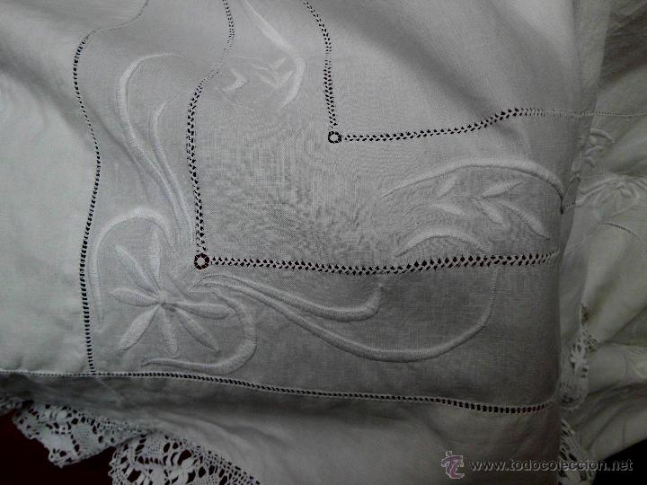 Antigüedades: Antigua sábana de Lino con Iniciales bordadas a mano - Foto 7 - 131438375