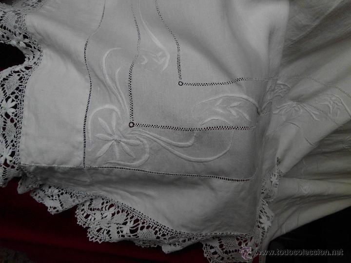 Antigüedades: Antigua sábana de Lino con Iniciales bordadas a mano - Foto 9 - 131438375