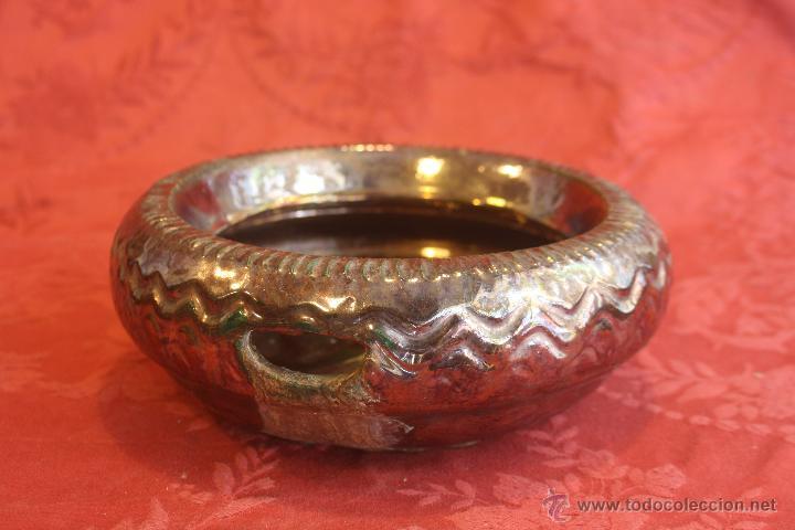 ESCUPIDERA ANTIGUA. MENSAQUE RODRIGUEZ .TRIANA (Antigüedades - Porcelanas y Cerámicas - Triana)