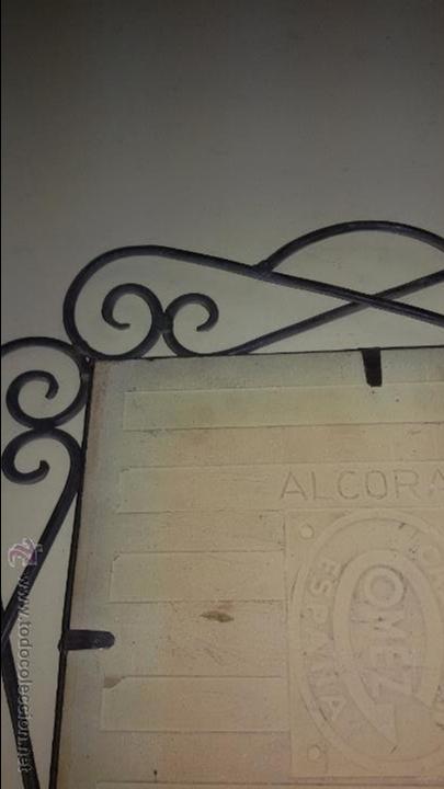 Antigüedades: AZULEJO DE CERÁMICA ALCORA CON REPRESENTACION DE CHULAPOS . ENMARCADO - Foto 5 - 48370962