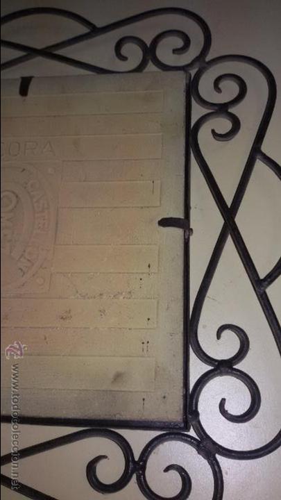 Antigüedades: AZULEJO DE CERÁMICA ALCORA CON REPRESENTACION DE CHULAPOS . ENMARCADO - Foto 8 - 48370962