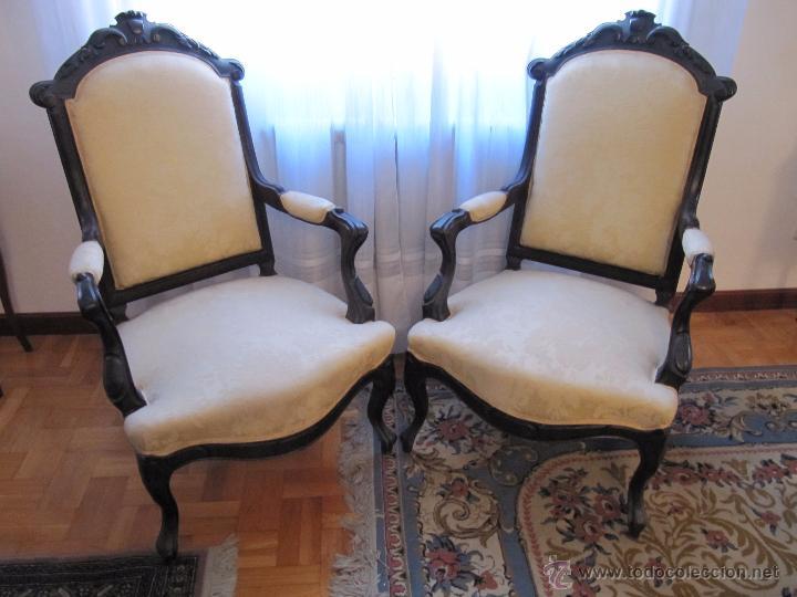 Antiguos sillones en madera noble tallada y tap comprar - Sillones de madera antiguos ...
