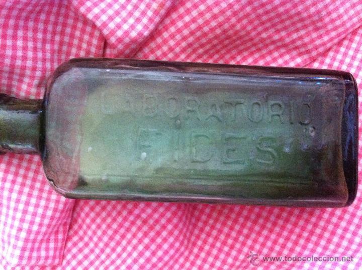 Antigüedades: Antigua botella de Sali-Sod efervescente - Foto 2 - 48377779