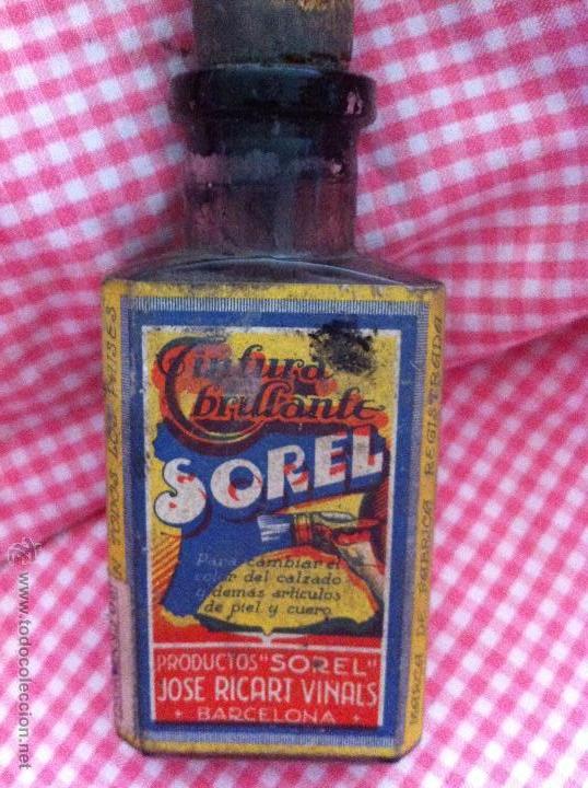 BOTELLITA DE TINTE PARA ROPA SOREL DE JOSÉ RICART VIÑALS (Antigüedades - Cristal y Vidrio - Farmacia )