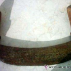 Antigüedades: ANTIGUO PICADOR DE CARNE , MIDE 28 CM MUY USADO . Lote 48402086