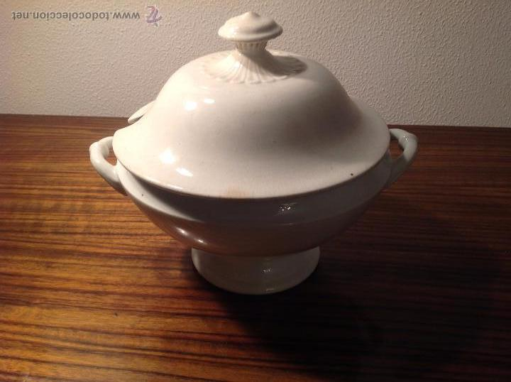 SOPERA DE LOZA BLANCA (Antigüedades - Porcelanas y Cerámicas - Otras)