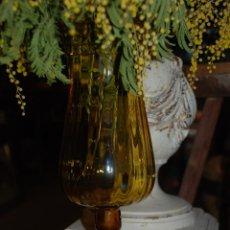 Antigüedades: PRECIOSA COPA FLORERO DE CRISTAL ÁMBAR. Lote 48455985