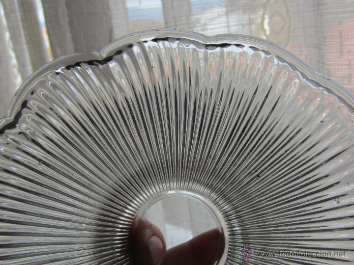 Antigüedades: tulipa de cristal prensado - Foto 3 - 48477497