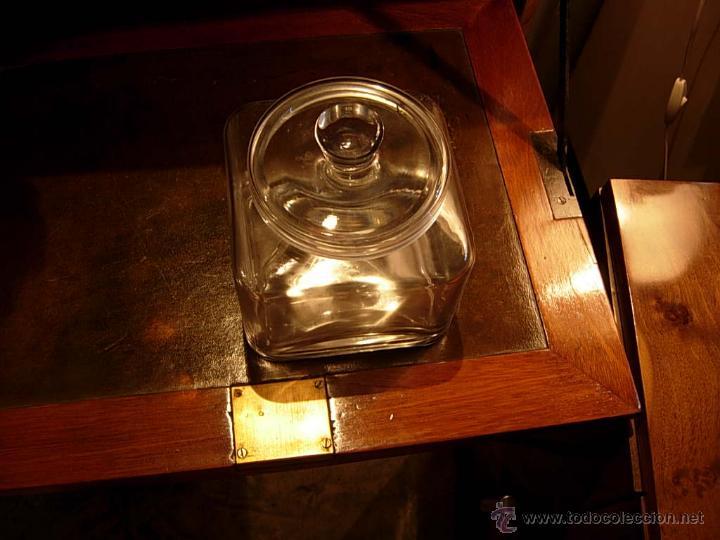 Antigüedades: DECORATIVO BOTE DE CRISTAL PEQUEÑO CON SU TAPA - Foto 2 - 48499431