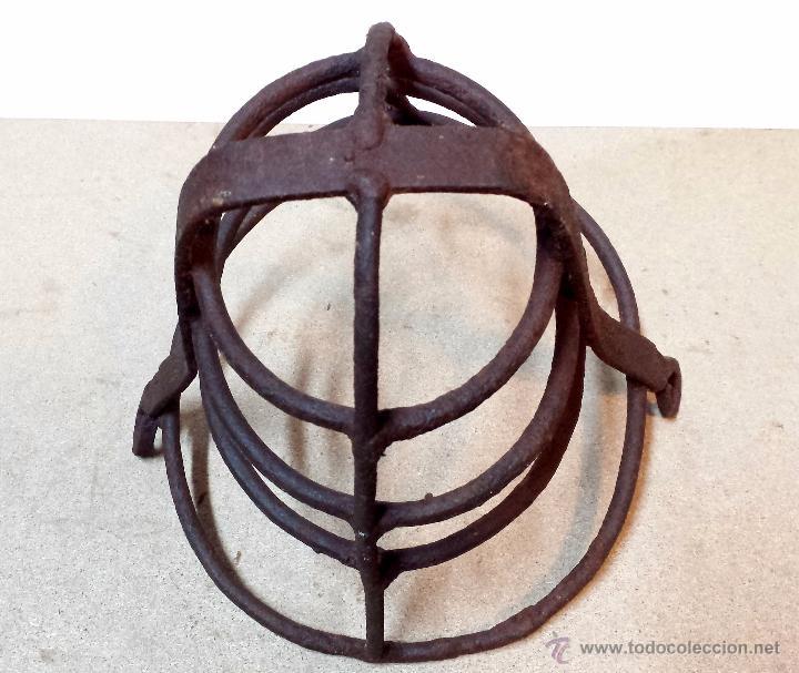 Antigüedades: ANTIGUO BOZAL DE HIERRO FORJADO PARA CABALLO. ORIGINAL Y SIN ROTURAS. - Foto 2 - 48510399