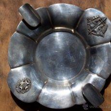 Antigüedades: CENICERO EN PLATA DE LEY CON INSERCIÓN DE EMBLEMA, LEX JUSTITIA Y CONDECORACIÓN, M. FORENSE.0915 PU. Lote 48523835