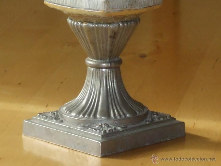 Antigüedades: Jarrón con decoración egipcia. - Foto 4 - 48525330