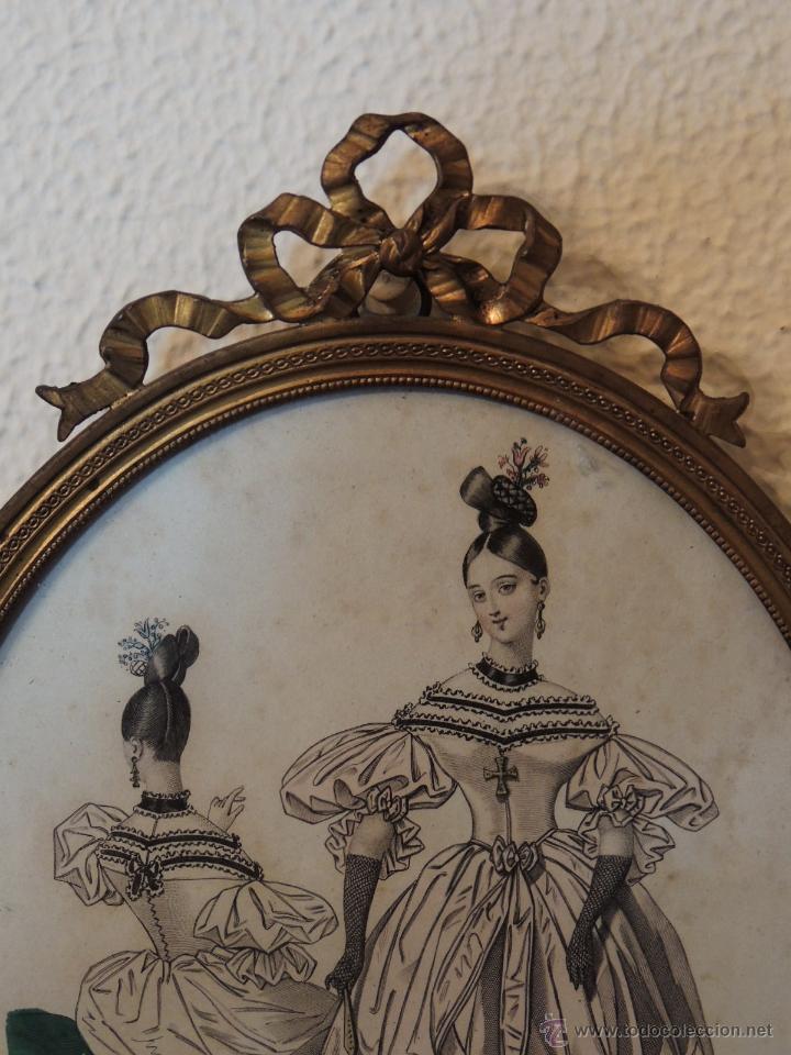 Antigüedades: ANTIGUOS DIBUJOS DE VESTIDOS EN MARCOS ANTIGUOS DE BRONCE - Foto 4 - 48537761