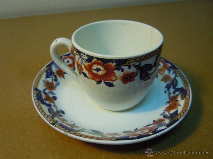 TAZA CAFE CON SU PLATO DE LOZA DE SANJUAN DE AZNALFARACHE (Antigüedades - Porcelanas y Cerámicas - San Juan de Aznalfarache)