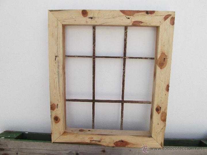 antigua reja de forja montada en un marco de ma - Comprar ...