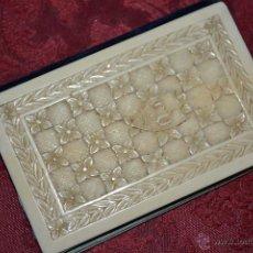 Antigüedades: MAGNIFICO CARNET DE BAILE CON LAS CUBIERTAS FINAMENTE TALLADAS EN MARFIL,S. XIX. Lote 48599493