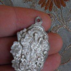 Antigüedades: ANTIGUA MEDALLA ALAJAR REINA DE LOS ANGELES PLATA HUELVA SIGLO XIX. Lote 48628565
