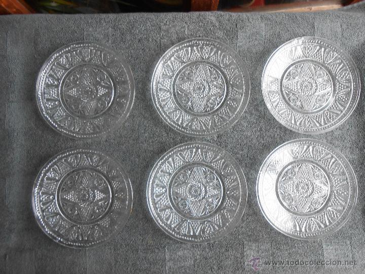 6 PLATOS DE POSTRE DE VIDRIO MOLDADO. POSIBLEMENTE. SANTA LUCIA CARTAGENA. (Antigüedades - Cristal y Vidrio - Santa Lucía de Cartagena)