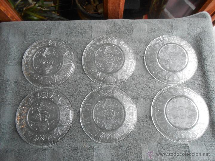 Antigüedades: 6 PLATOS DE POSTRE DE VIDRIO MOLDADO. POSIBLEMENTE. SANTA LUCIA CARTAGENA. - Foto 4 - 170280170