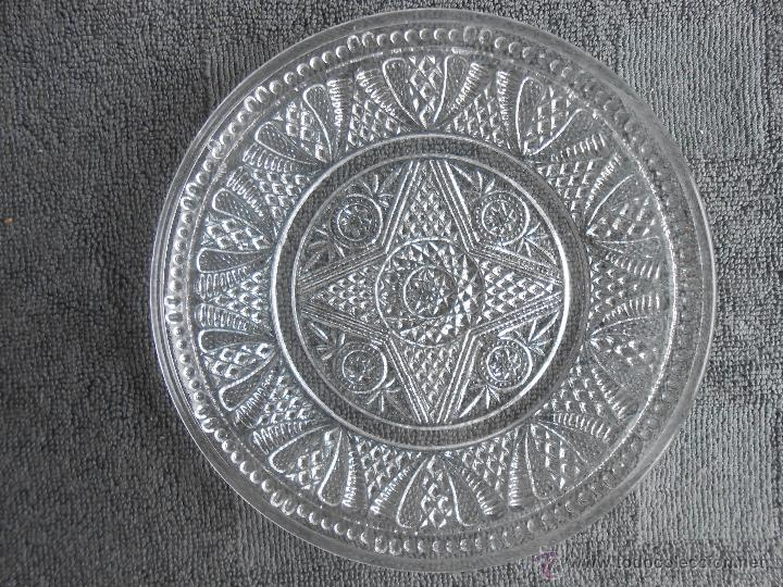 Antigüedades: 6 PLATOS DE POSTRE DE VIDRIO MOLDADO. POSIBLEMENTE. SANTA LUCIA CARTAGENA. - Foto 8 - 170280170
