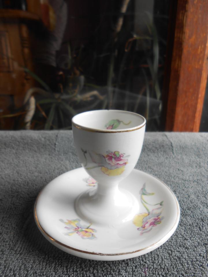 DELICADA HUEVERA DE PORCELANA. W.H. GRINDLEY & COM. ENGLAND. (Antigüedades - Porcelanas y Cerámicas - Inglesa, Bristol y Otros)