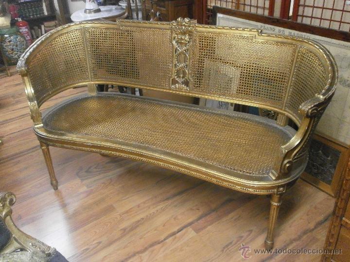 Sofa tresillo luis xvi de rejilla madera talla comprar for Sofas antiguos