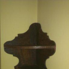 Antigüedades: ESTANTERIA RINCONERA . EN MADERA MACIZA .MUY ANTIGUA .. Lote 48663548