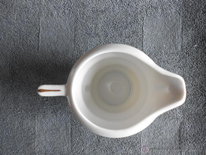 Antigüedades: ANTIGUO JUEGO DE CAFÉ, PORCELANA BLANCA Y DORADA. SANTA CLARA DE VIGO - Foto 14 - 48670610