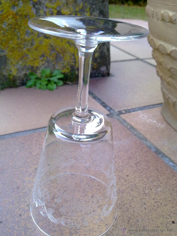 Antigüedades: Cristalería copas cristal soplado grabado S XIX - Foto 12 - 48691794
