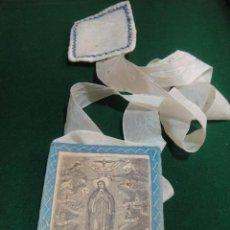 Antigüedades: ESCAPULARIO GRABADO SOBRE TELA VIRGEN INMACULADA PULCRA UT LUNA. Lote 48703068