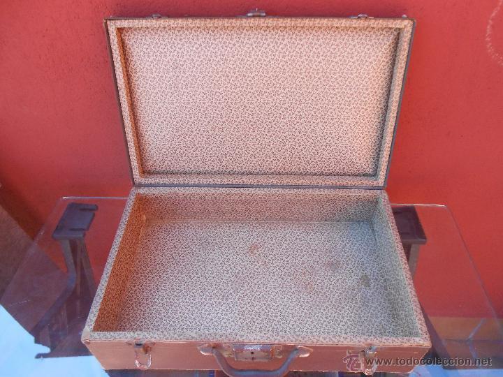 Antigüedades: ANTIGUA MALETA DE CARTÓN MARRÓN. - Foto 11 - 48708396