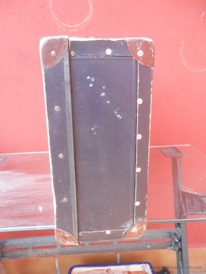 Antigüedades: ANTIGUA MALETA GRANDE DE CARTÓN - Foto 7 - 48709089