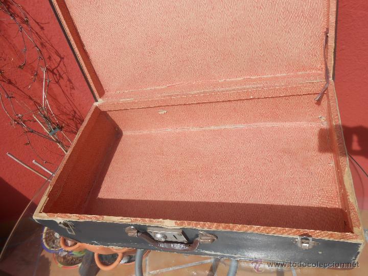 Antigüedades: ANTIGUA MALETA GRANDE DE CARTÓN - Foto 12 - 48709089