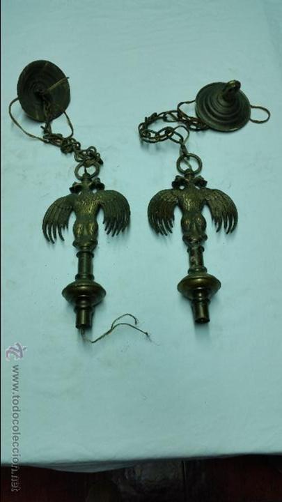 2 REMATES DE LAMPARA AGUILA BICEFALA DE BRONCE O LATON ANTIGUO,AÑOS 40 APROX (Antigüedades - Iluminación - Otros)