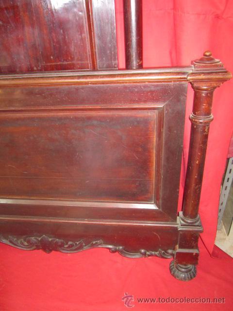 Antigüedades: Pareja de camas individuales en madera de caoba, para restaurar. - Foto 4 - 48723439