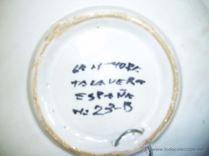 Antigüedades: PLATO DE PORCELANA DE TALAVERA. NÚMERADO - Foto 2 - 48730998
