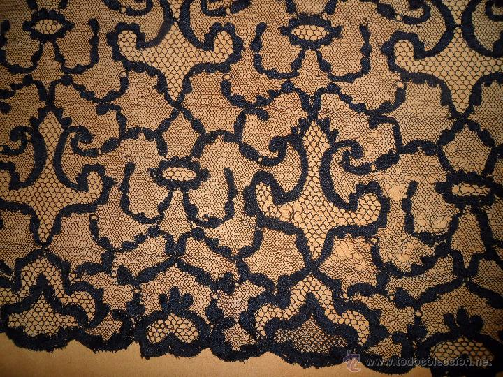Antigüedades: Antigua mantilla bordada - Foto 4 - 174415862
