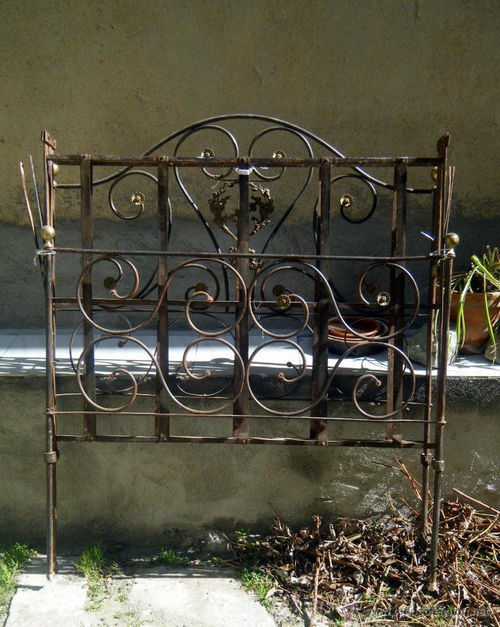 Cama plegable forja con apliques de bronce s x comprar - Banco de forja para jardin ...