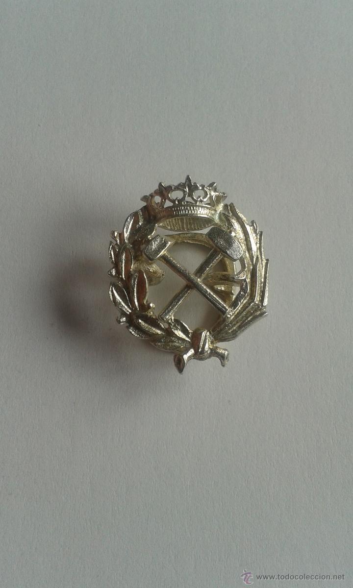 PIN OJAL PLATA DE LEY PROFESIÓN CARRERA INGENIERO DE CAMINOS (Antigüedades - Platería - Plata de Ley Antigua)