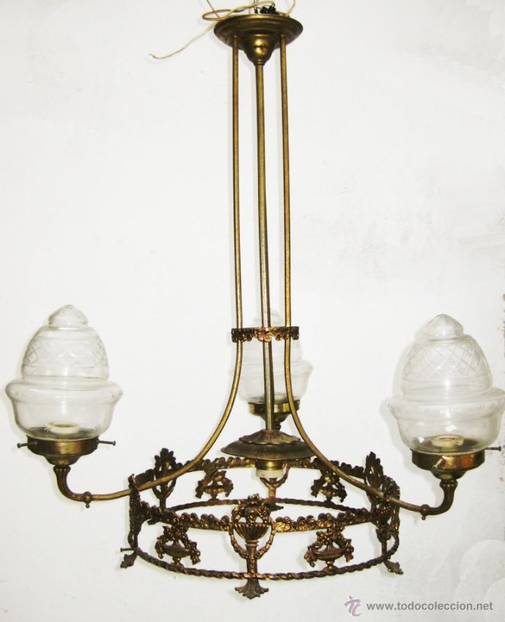 Antigüedades: ELEGANTE LAMPARA ESTILO ISABELINA EN METAL DORADO IDEAL SALON DECORACION CLASICA O VINTAGE - Foto 2 - 48793651
