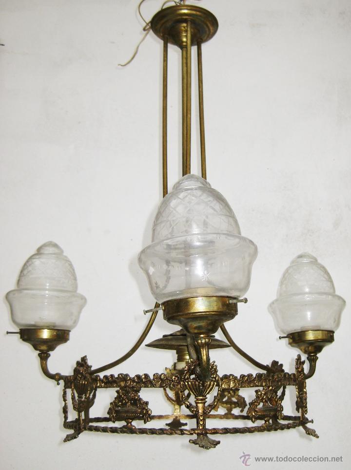 Antigüedades: ELEGANTE LAMPARA ESTILO ISABELINA EN METAL DORADO IDEAL SALON DECORACION CLASICA O VINTAGE - Foto 3 - 48793651
