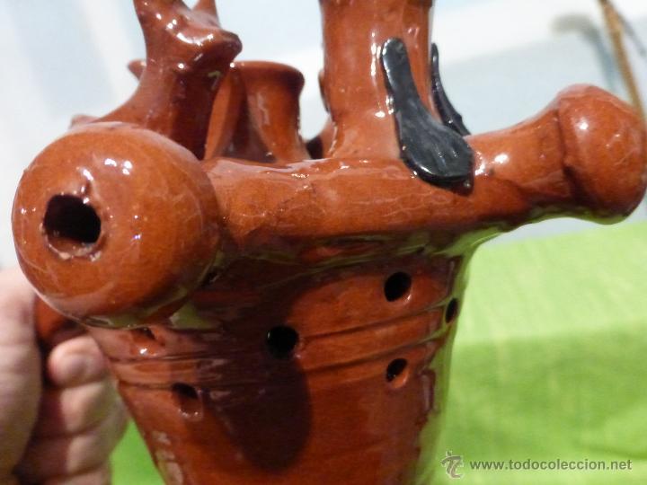 Antigüedades: ORIGINAL CURIOSA JARRA BURLADERA-DE ENGAÑO-FANTASÍA-BARRO VIDRIADO-ALFARERÍA JIMÉNEZ JAMUZ - LEÓN - Foto 4 - 48800588
