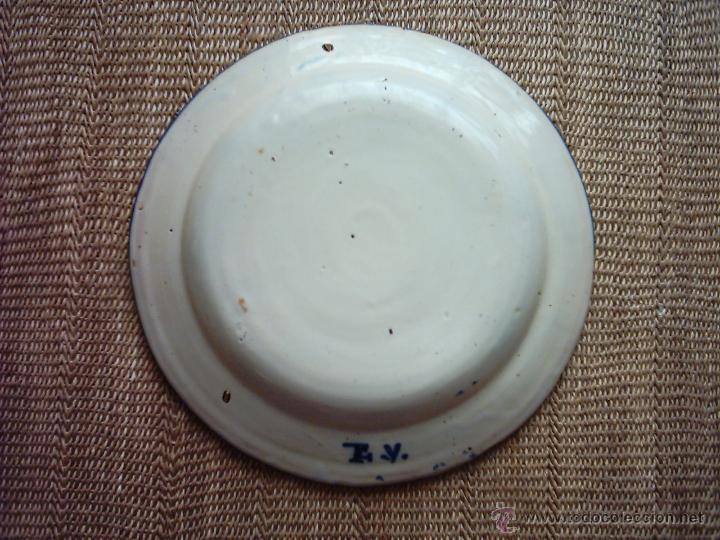 Antigüedades: ANTIGUO PLATO DE CERÁMICA DE MANISES. SIGLO XIX. 30 Cm. FIRMADO CON INICIALES. - Foto 2 - 48806797
