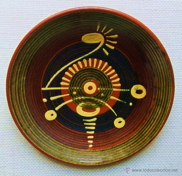 PLATO DE CERÁMICA DE PUIGDEMUNT (Antigüedades - Porcelanas y Cerámicas - La Bisbal)