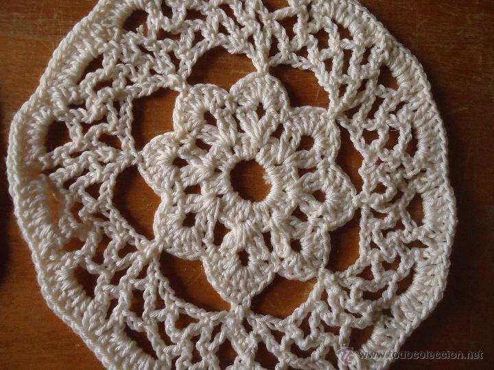 Antigüedades: antigua tira pareja de aplicaciones realizadas a mano, 12 cm diametro, tapetes, o confeccion blusas, - Foto 2 - 48854483
