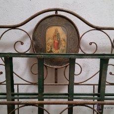 Antigüedades: ANTIGUA CAMA ISABELINA DE FORJA ARTESANAL SIN SOLDADURAS, TODO ECHO A MANO CON REMACHES PRECIOSA. Lote 48854725