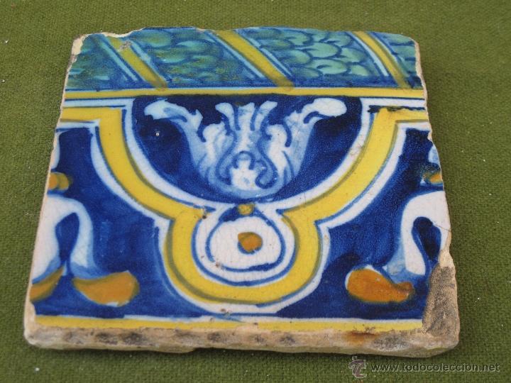 AZULEJO ANTIGUO DE TALAVERA / TOLEDO - SIGLO XVII. TECNICA PINTADA, LISA O PLANA. (Antigüedades - Porcelanas y Cerámicas - Talavera)