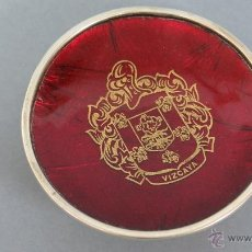Antigüedades: ANTIGUO Y BONITO PLATO DE PLATA CON ESCUDO DE VIZCAYA. PUNZONADO. Lote 48889866